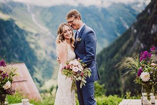 Swiss destination wedding_ceremony mountain