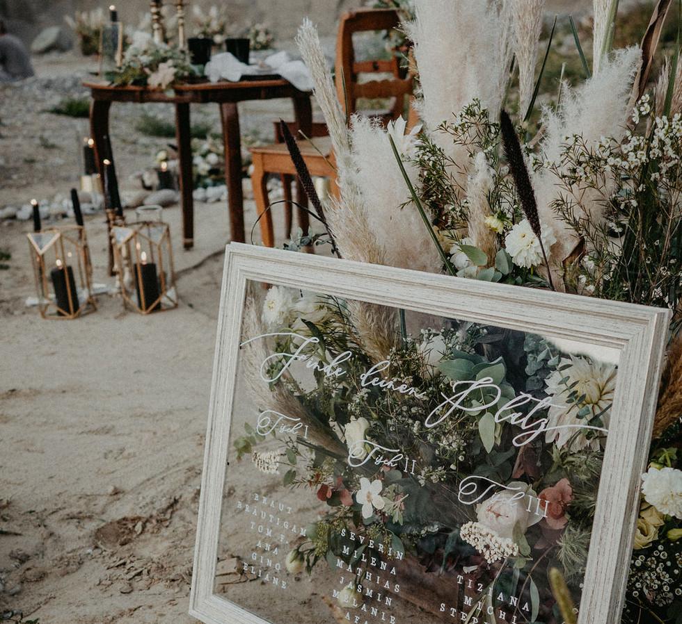 Living_room_wedding_gaea_design_pampas_w