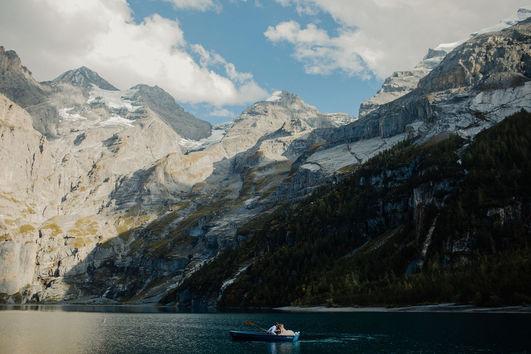 SwitzerlandElopement_Interlakken_LakeOes