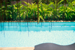 Atsumi Yellow House Pool