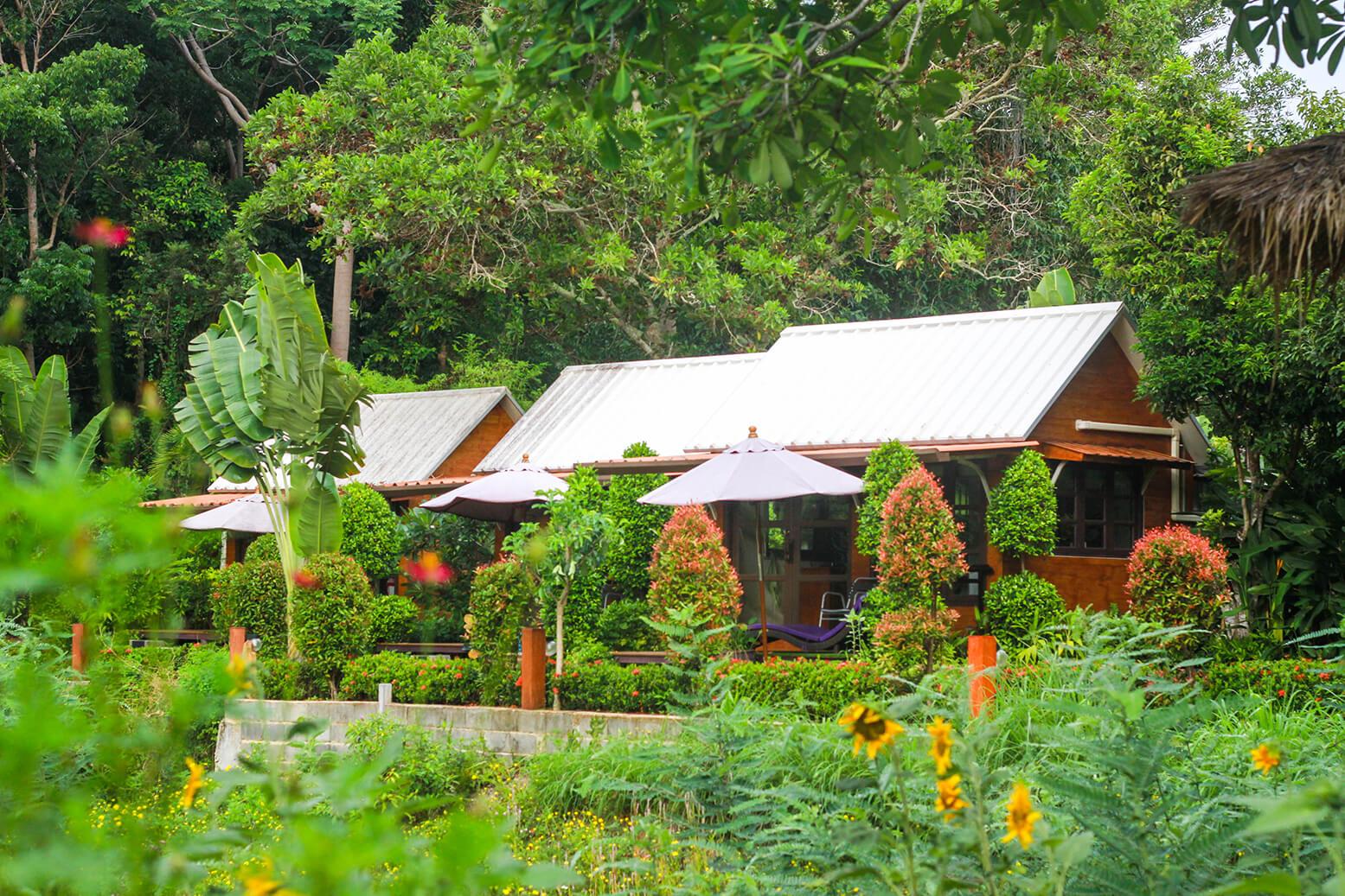 Atsumi lakeside cottage 2 (1)