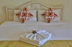 Atsumi resort bed