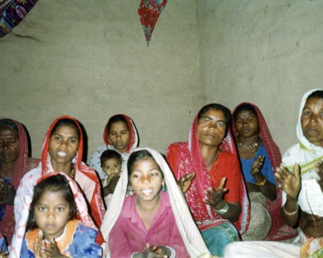 pic1-WOMEN-OF-THE-VILLAGE-CHURCH-l-768x506.jpg