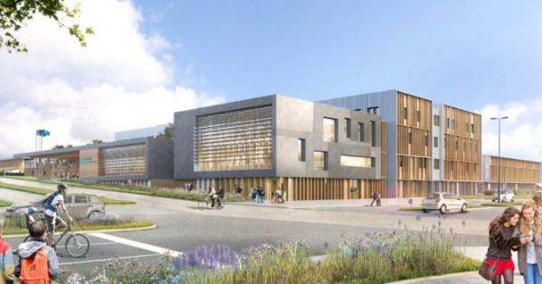 Chantier du futur lycée bois/paille de Clermont-Ferrand (63)