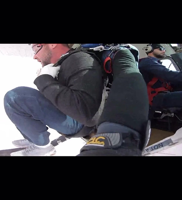Christmas 2020 - Our Team went skydiving!
