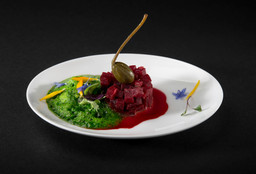 KALE CLOUD AND BEET TARTARE