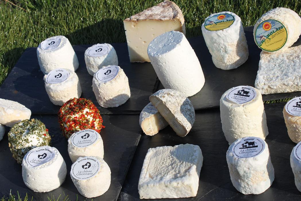 Les fromages de la chèvre Céronnaise.jpg