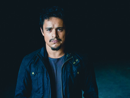 Star of the upcoming new season of Narcos: Mexico on Netflix, Jesse Garcia, joins Kurt Caceres.