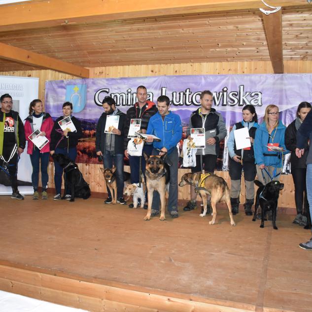 Fundacja Razem z psem 350.png