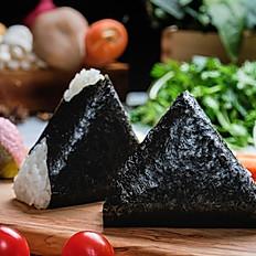 Onigiri saumon