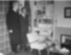 Harold_Macmillan_views_a_1950s_lounge_se