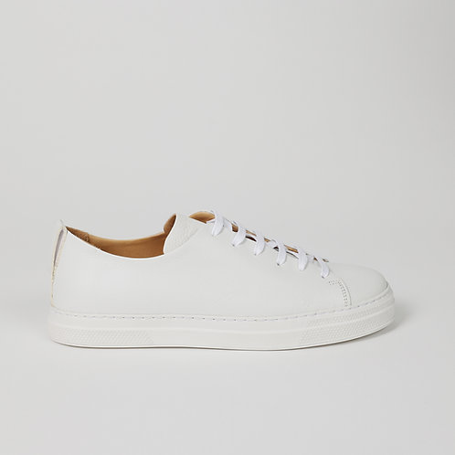 the world's first circular sneakers WHITE