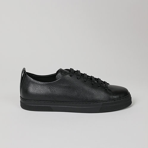the world's first circular sneakers BLACK