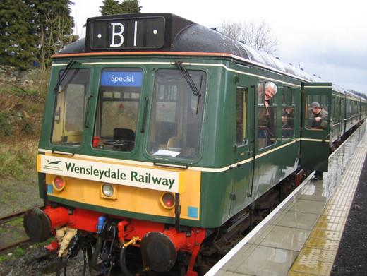 wensleydale railway train.jpg