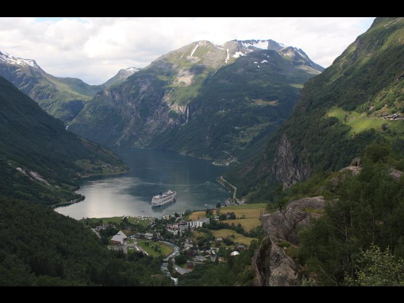2011070477geirangerfjord.jpg