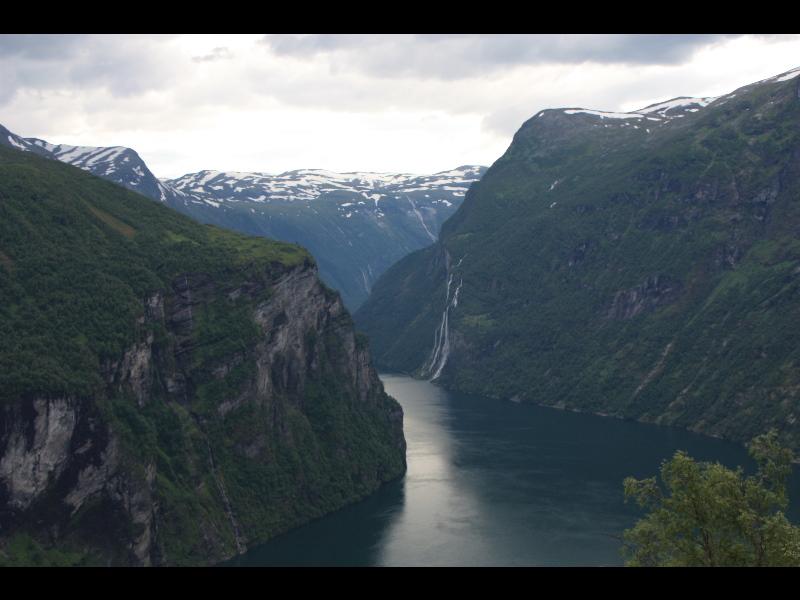 2011070490geirangerfjord.jpg