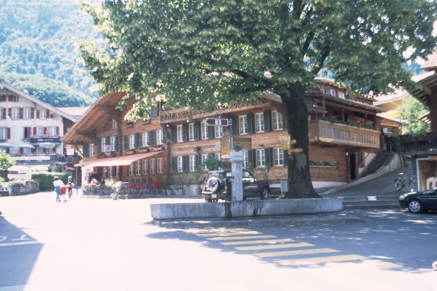 y9806188interlaken.jpg