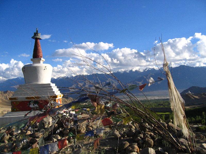 0608491sankar stupay.jpg