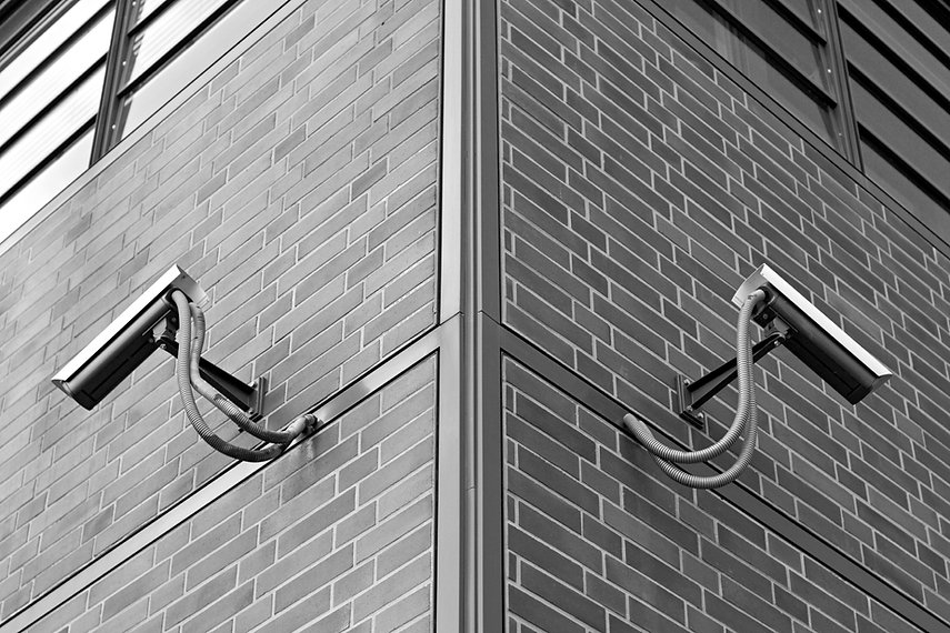 symmetric-security-cameras-XA4ZSBU.jpg