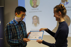 Finalist Andreas Ipp receives prize