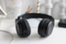 desk-electronics-headphone-815494.jpg