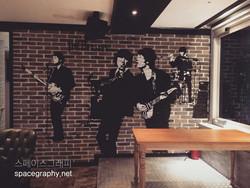 인테리어벽화_비틀즈벽화_일러스트벽화_맥주집벽화_펍인테리어_비틀즈_비틀즈일러스트_1
