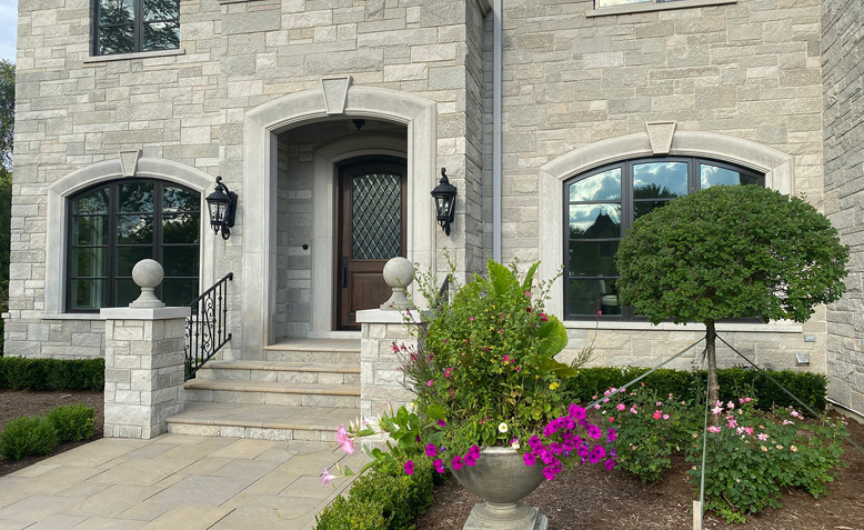 Oakfield Stone's FDL Niagara Ledge.9.jpg