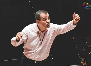 Conducting the Boca del Rio Symphony Orchestra