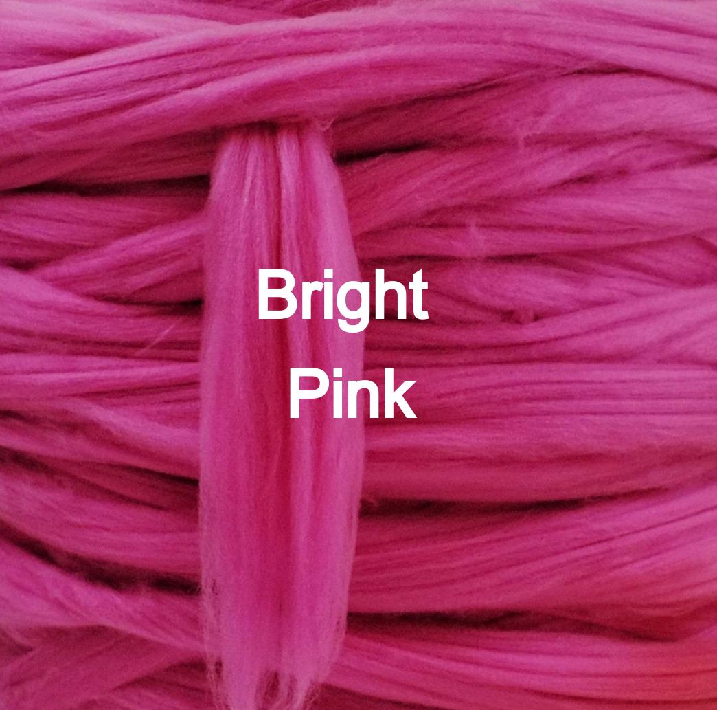 Bright+pink+arm+knitting+bale+giant+yarn