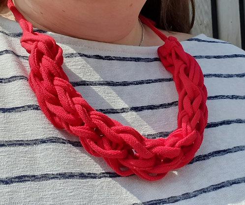 Finger Knit T-Shirt Yarn Necklace Kit