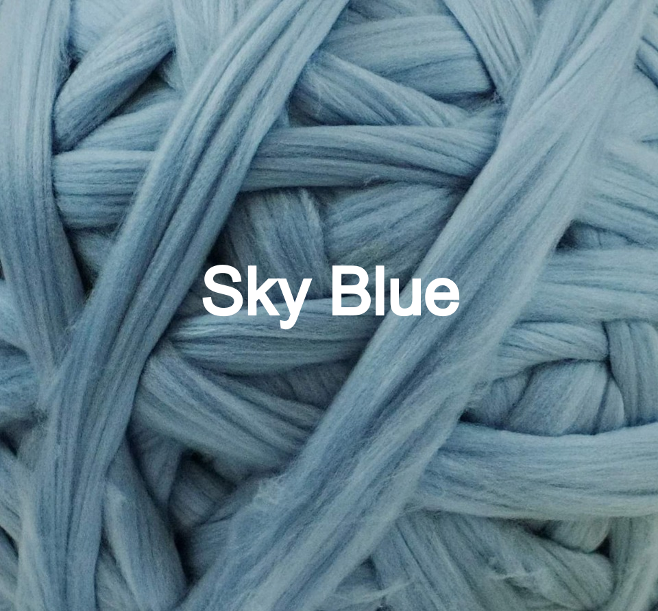 Knitting+crochet+giant+yarn+sky+blue+mam