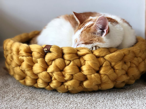 Cloud Nine Knits Signature Cat Bed Pattern and Video Tutorials