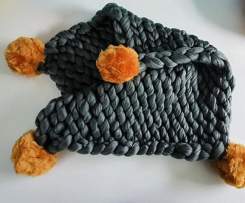 Giant Knit Lap Blanket Kit with Pom Poms
