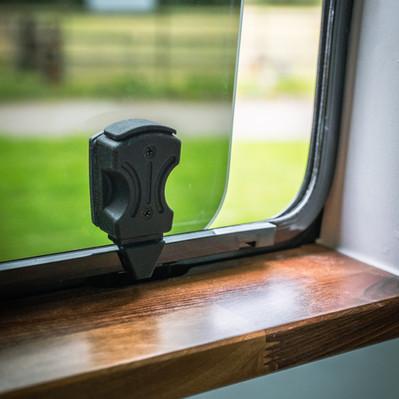 Opening window in sliding door