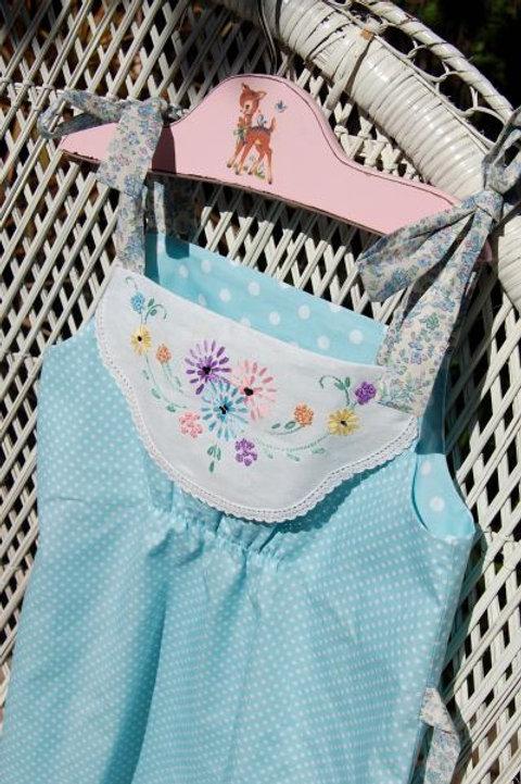vintage doiley - blossom