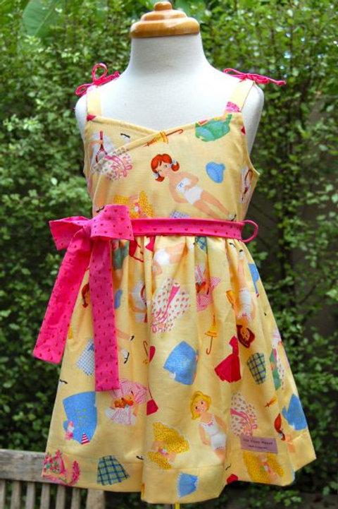 pretty peta paperdolls dress