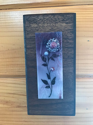 Purple flower plaque
