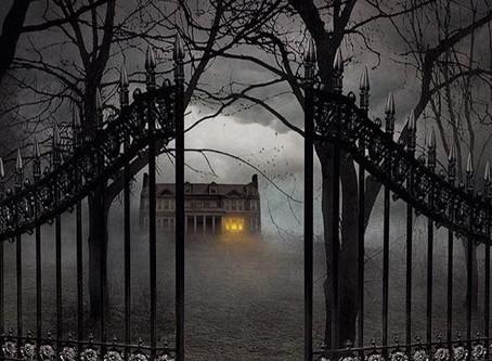 10 Must-Read Horror Novels
