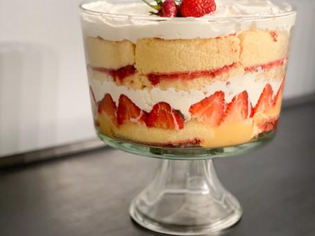 Easy Homemade Strawberry Lemonade Trifle