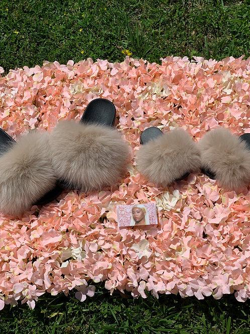 Kids pre-order fur slides