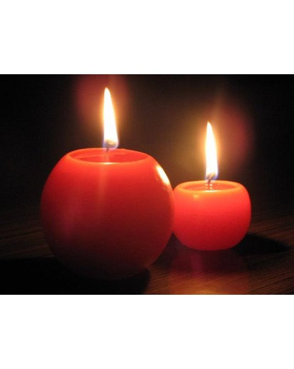 "Set of 2 Ball candles in 2"" & 3"""