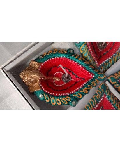 Diya set of 4, Ganesh design