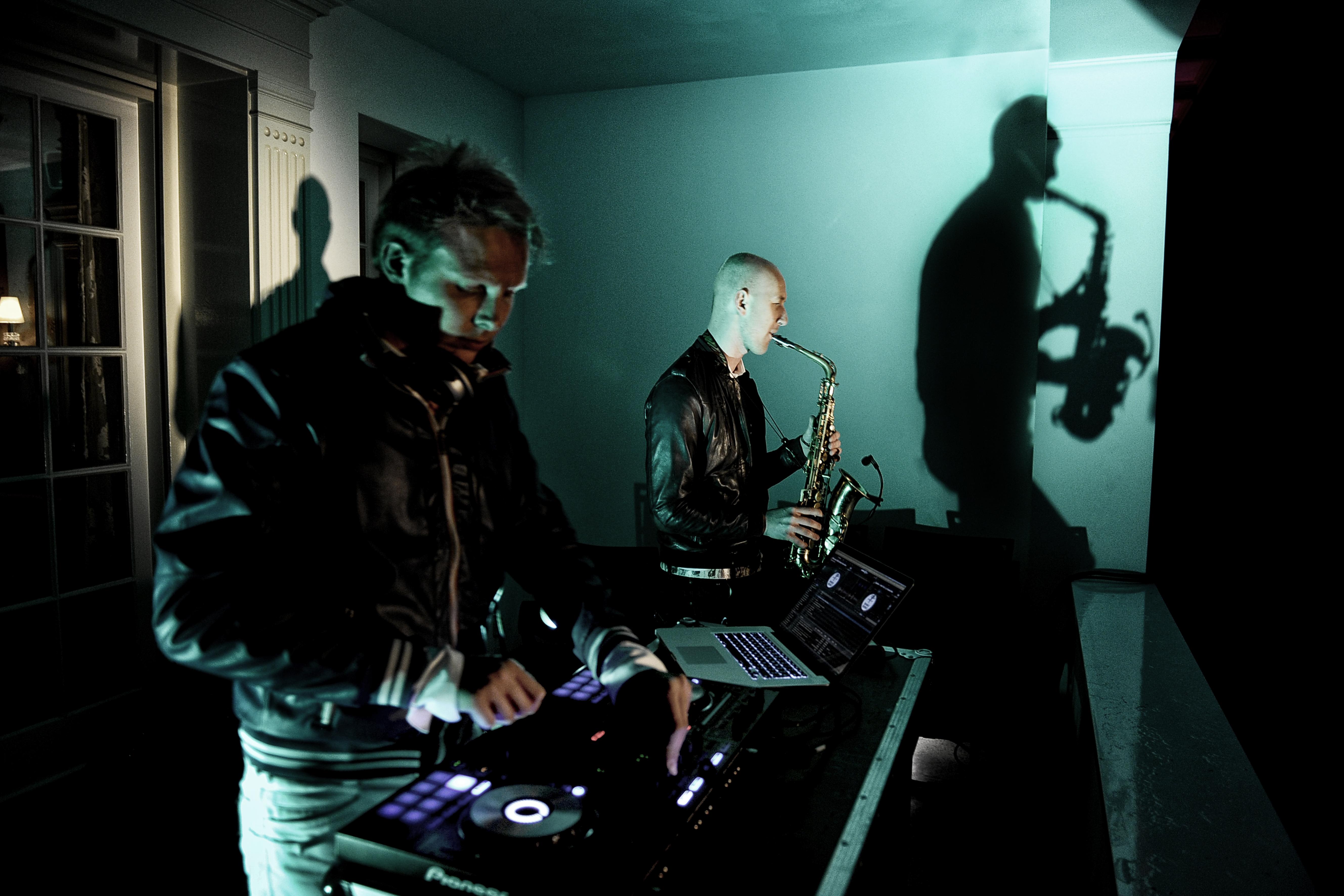 Sax en DJ