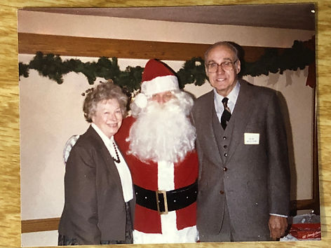 Bob & Delpha with Santa1a.JPG