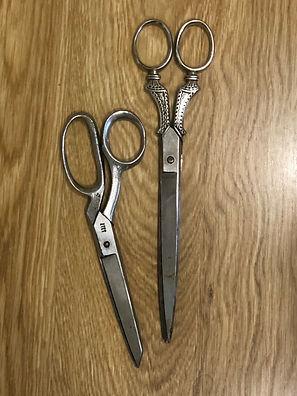 Antique Scissors1a.JPG