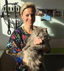 Docteur vétérinaire Christelle Pirquin