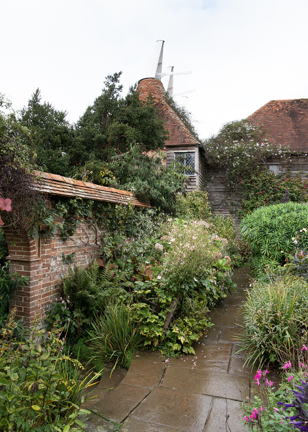the garden at Great Dixter in autumn