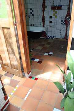 bathroom05.jpg