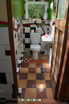 bathroom04.jpg
