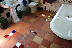 bathroom03.jpg